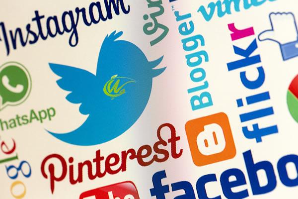 چگونه از شبکه های اجتماعی جذب مشتری کنیم